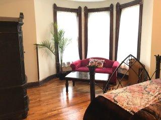 The Vineyard Mansion - Crown Room - Saint Joseph vacation rentals