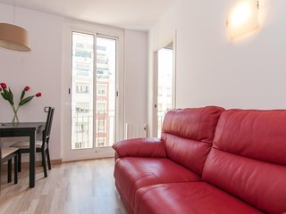 Lovely 3BD, Sagrada Familia views - World vacation rentals