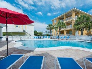 $349/nt Jun 17-24 ~ 5 BR Beach Home on Old River, Sunsets, Comm Pool, Boat Slip - Perdido Key vacation rentals