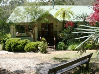 Topi Gums Bush Retreat-mid coast NSW - Seal Rocks vacation rentals