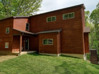 Zoerenity Chalets /Hocking Hills - Union Furnace vacation rentals