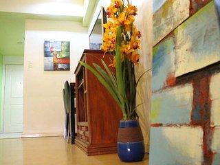 Cozy Studios at the Greenbelt Radissons - Makati vacation rentals