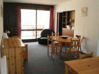 2 bedroom Condo with Television in Mont-de-Lans - Mont-de-Lans vacation rentals