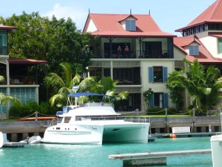 Eden Island Marina Penthouse incl. Electric Car, Wify, Sat TV - next  to Pool - Eden Island vacation rentals