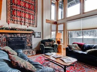 Perfect 3 bedroom House in Ketchum with Deck - Ketchum vacation rentals