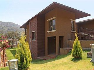Beautiful Villa with A/C and Television - Lavasa vacation rentals