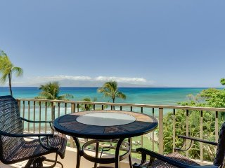 Paki Maui 423 - ocean views, resort pool & hot tub - quick drive from Lahaina - Lahaina vacation rentals