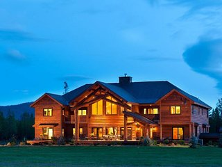 Unparalleled space & luxury for family reunions! On 7.5 acres! Private airport! - Marion vacation rentals