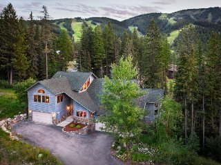 Spacious Ski-in/ski-out cabin w/ private hot tub, modern comfort, & rustic charm - Whitefish vacation rentals