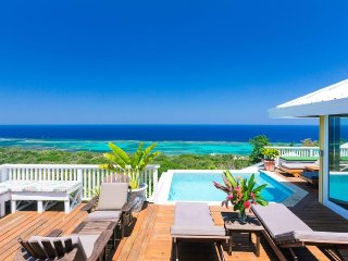 Spectacular Sea Views, Sunsets And Cooling Trade Winds. - Sandy Bay vacation rentals