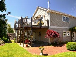 Forest View Stay Elegant Studio  Near HSU Gateway - Arcata vacation rentals