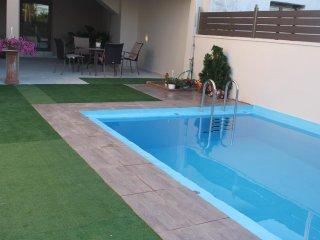 3 bedroom House with Internet Access in Pirgos Psilonerou - Pirgos Psilonerou vacation rentals