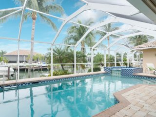 New!! Great family vacation- private dock, pool and spa - great neighborhood - Marco Island vacation rentals