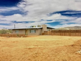 Desert Towne House: Minutes from Integratron - Landers vacation rentals