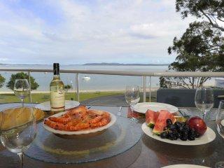 Florentine Unit 16, 11 Columbia Close - Nelson Bay vacation rentals