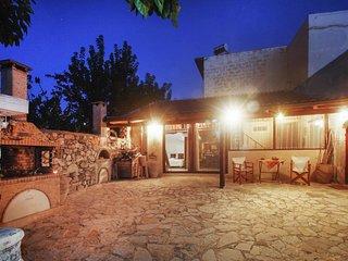 Rustic villa w/terrace & garden - Exopoli vacation rentals