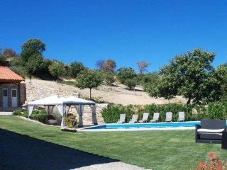 Sunny house Granja Penedono w/pool - Penedono vacation rentals