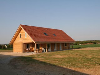 Perfect House with Internet Access and Satellite Or Cable TV - Bernay-en-Ponthieu vacation rentals