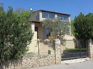 Bright house in Mérindol -sleeps 11 - Vaucluse vacation rentals