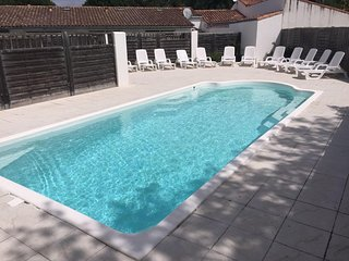 House with pool access near beach - Rivedoux-Plage vacation rentals