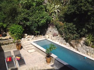 Perfect House with Internet Access and Microwave - Aramon vacation rentals