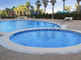 Comfortable apartment w/ a pool - Oropesa vacation rentals