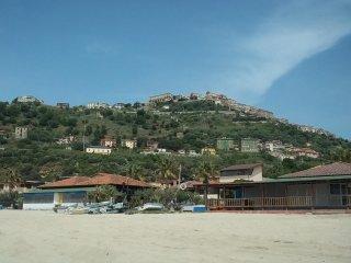 Ampio appartamento con balconi in centro storico - Nicotera vacation rentals