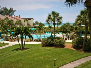 WOW Factor Siesta Key Beach Gulf Front Condo in Siesta Dunes on #1 Beach in USA - Siesta Key vacation rentals