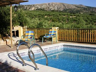 House with pool and mountain view - Loja vacation rentals