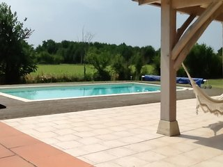 1 bedroom house in lot et garonne with wifi, garden and shared pool - Monsempron-Libos vacation rentals