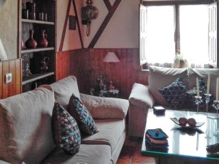 A traditional, 4 bedroom house in rural muelas del pan– 1km from sanabria lake! - Zamora vacation rentals