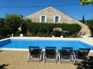 Provencal villa with private pool - Uchaux vacation rentals