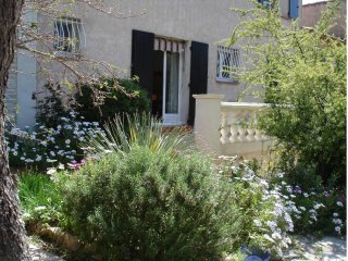 Nice apt with balcony & balcony - Le Revest-les-Eaux vacation rentals