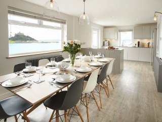 Beautiful House with Internet Access and Satellite Or Cable TV - Marazion vacation rentals