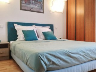 Chic flat w/WiFi near Montpellier - Le Cres vacation rentals