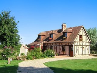 Calm house with a spacious garden - Breteuil vacation rentals
