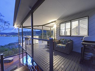 Crusoes- Holiday Home- Ocean Views - Cannonvale vacation rentals