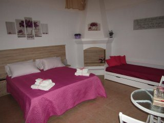 Cozy 2 bedroom Carosino House with Housekeeping Included - Carosino vacation rentals