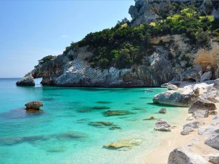 Sardinia, relax, sea and green - Girasole vacation rentals