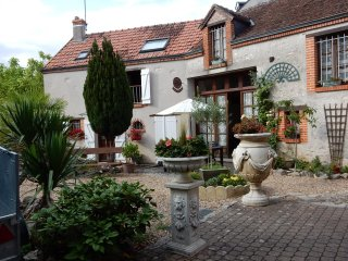 House with 2 bedrooms in Mer, with enclosed garden and WiFi - Muides sur Loire vacation rentals