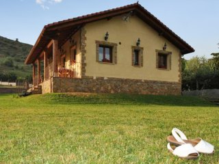 Rustic house w/ furnished terrace - Villablino vacation rentals