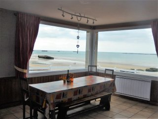 Spacious house with sea view & Wifi - Arromanches-les-Bains vacation rentals