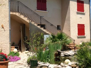 Perfect Condo with Internet Access and Satellite Or Cable TV - Quinson vacation rentals