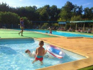 Comfortable bungalow in campground - Landes vacation rentals