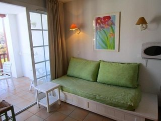 Bordaberry 119, piscine et parc. - Hendaye vacation rentals