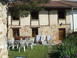 Spacious house with mountain view - Palencia vacation rentals