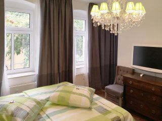 Stylish apartment w/great location - Erfurt vacation rentals