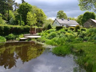 Gramarye Cottage, near Ballinamore - Mohill vacation rentals