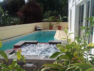 Perfect House with Internet Access and Satellite Or Cable TV - Bois de Nefles vacation rentals