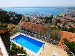 Casa de vacaciones con espectaculares vistas al mar en Puig Rom, Roses - Roses vacation rentals